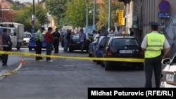 Policija obavlja uviđaj na mjestu gdje je isboden maloljetnik