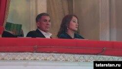 """Рустам Минниханов со своей супругой Гульсиной на концерте """"Үзгәреш җиле"""""""