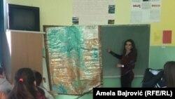 Na kraju ove školske godine učenici osmog razreda će prvi put polagati završni ispit, odnosno malu maturu, na bosanskom jeziku