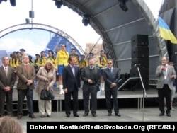 Церемонія відкриття «Європейського містечка» в Києві за участю посла ЄС Тейшейри, посла ФРН Гамзета і голови КМДА Попова