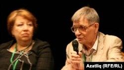 Анна Степанова һәм Алексей Бартошевич