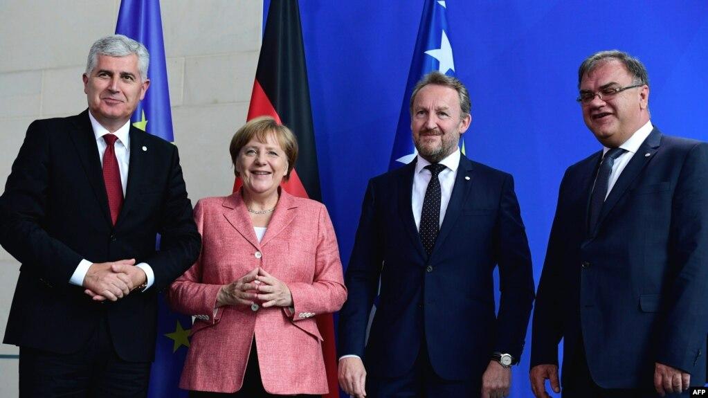 Dragan Čović, Angela Merkel, Bakir Izetbegović i Mladen Ivanić, 2016 (ilustrativna fotografija)