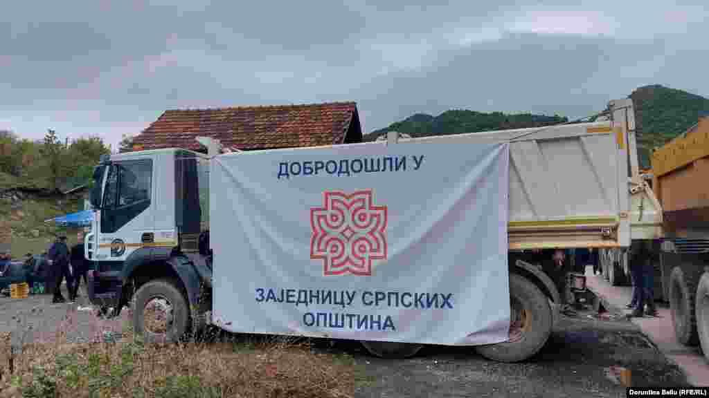Poruka kod graničnog prelaza Jarinje.