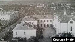 Chișinăul în 1918, vedere de pe Turnul de apă (Sursă: Radu Osadcenco, Chișinău 1918, Chișinău: Epigraf, 2018)