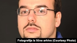 Sindikati u Srbiji su visoko politizovani - ne samo rukovodstvo, nego i samo članstvo: Mario Reljanović