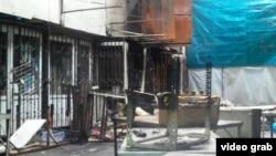 """""""Алатау"""" базарындағы өртенген сауда орындары. Алматы, 12 желтоқсан 2013 жыл."""