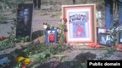 نمایی از گورستان خاوران که محل دفن بسیاری از اعدامیهای تابستان ۱۳۶۷ است