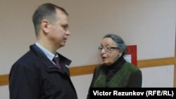 Анна Шароградская и ее адвокат Иван Павлов