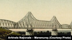 Podul peste Dunăre, Cernavodă, inaugurat în 1895.