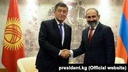 Հայաստանի վարչապետ Նիկոլ Փաշինյան, Ղրղըզստանի նախագահ Սորոնբայ Ժենբեկով, արխիվ