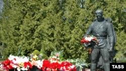 Официальные лица Эстонии возложат цветы к памятнику Воину-освободителю впервые за последние годы
