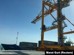 Инфраструктура порта Туркменбаши. 2 мая 2018 года.
