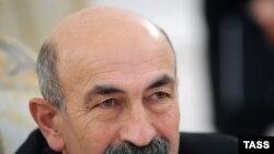Министр иностранных дел Мурат Джиоев подверг критике работу ОБСЕ на территории Южной Осетии, но также отметил необходимость работы с международными организациями в целях отстаивания интересов Южной Осетии на международной арене