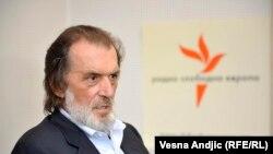 Neki snovi koji prevazilaze i gluposti Vojislava Šešelja o stvaranju Velike Srbije: Vuk Drašković