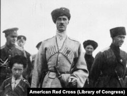 Генерал барон Петр Врангель, последний главнокомандующий белогвардейскими войсками, 1920 год