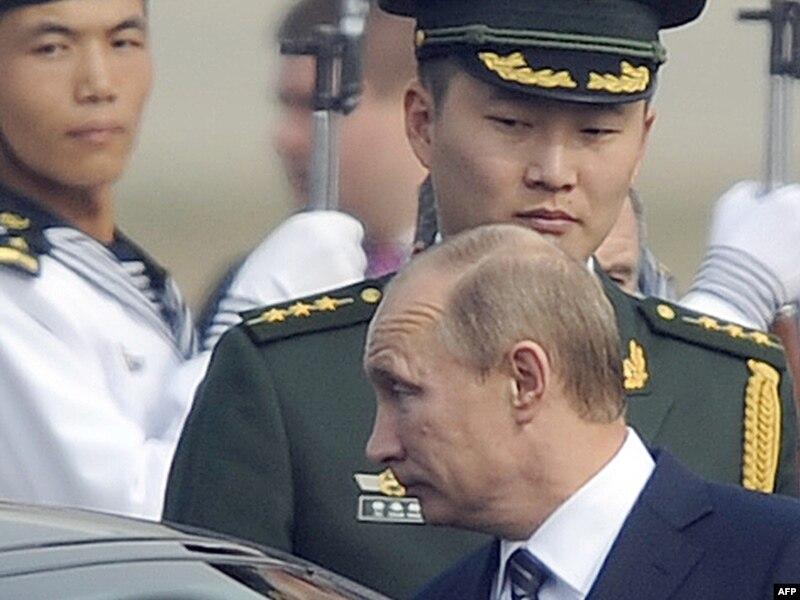 Россия направила пропагандистов на передовые позиции на Донбассе, - Лысенко - Цензор.НЕТ 5598