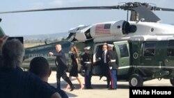 Президент США Дональд Трамп прибывает на базу США Сигонелла на Сицилии на вертолете, откуда отбудет в Вашингтон