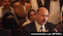 د پاکستان پارلماني غړو پلاوي مشري سېنېټر مشاهد حسين کوي