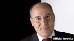 Германия парламентінің мүшесі Грегор Гизи