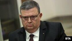 Сотир Цацаров отказа да коментира дали иска да оглави КПКОНПИ след преизбирането на Иван Гешев за негов наследник в четвъртък