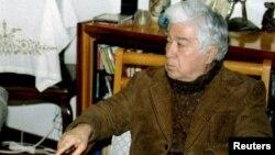 Əziz Nesin, 1995