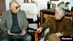 Azərbaycanda yaxşı tanınan iki yazıçı Yaşar Kemal və Aziz Nesin, 1995-ci il