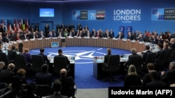 Зал заседаний лондонского саммита НАТО, приуроченного к 70-летию Североатлантического союза, 4 декабря 2019 года