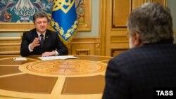 Петро Порошенко під час зустрічі з Ігорем Коломойським. Київ, 25 березня 2015 року
