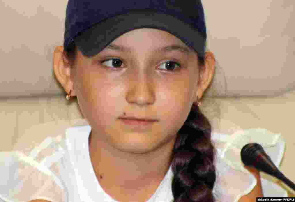 Жансая Әбдімәлік, 13 жаста. Шахматтан жасөспірімдер арасында екі дүркін әлем чемпионы. Алматы, 27 маусым 2012 жыл.