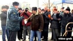 Полицияның зорлығына қарсы шеру. Қазан, 15 наурыз 2012 жыл.