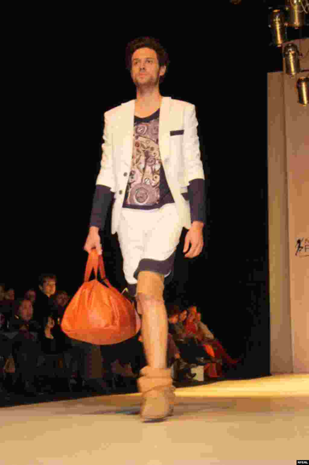 Осенняя Неделя моды-2012 #17