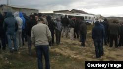Архивное фото: Крым, обыск в Строгоновке у крымских татар 12 октября 2016 года