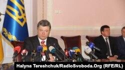 Президент України Петро Порошенко під час свого візиту до Львова, 3 жовтня 2014 року