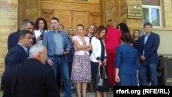 Архивска фотографија - Пратениците на ВМРО-ДПМНЕ пред Собранието