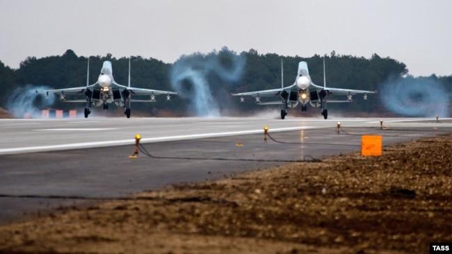 Военный аэродром «Бельбек», занятый Россией