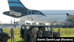 Самолет A320 ливийской авиакомпании Afriqiyah Airways.