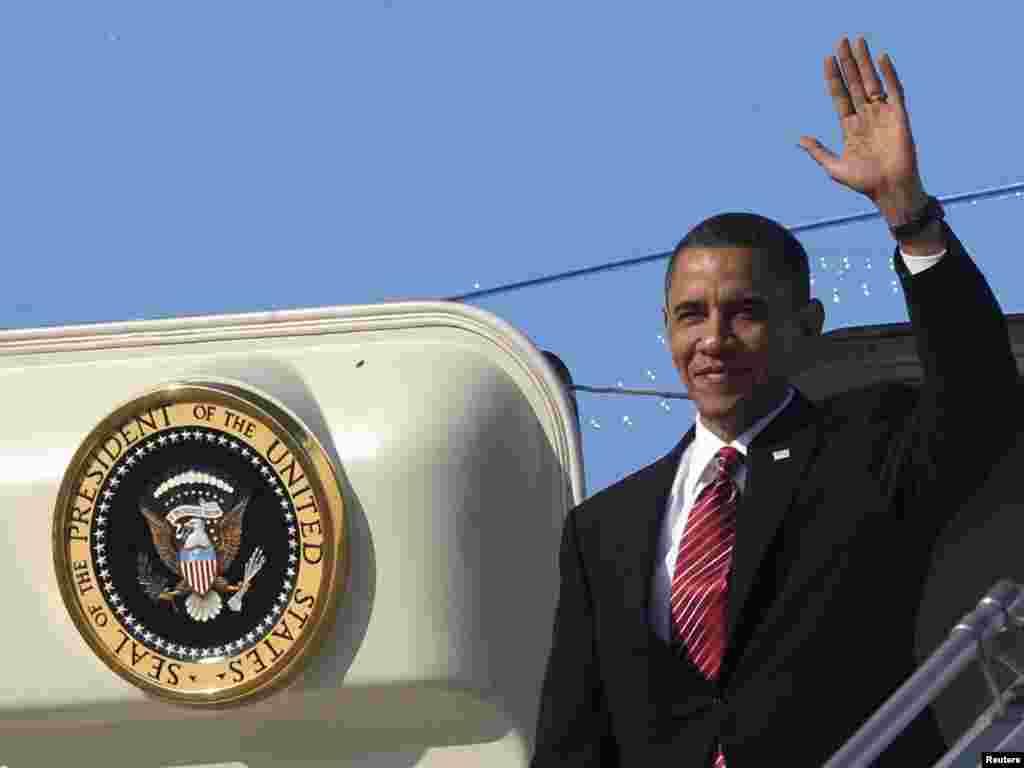 باراک اوباما (راست) ، رییس جمهور آمریکا