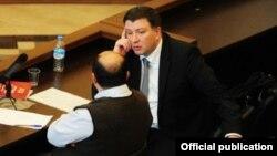 Судья Мераб Турава отказался подписывать решение пленума Конституционного суда по делу бывшего мэра Тбилиси Гиги Угулава, который вот уже более 14 месяцев находится в предварительном заключении