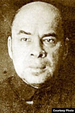 Зьміцер Жылуновіч. Турэмнае фота