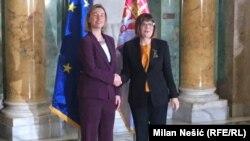 Planirano je da se visoka predstavnica EU obrati i poslanicima u parlamentu