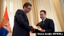 Dačić Vučiću predaje Grifona
