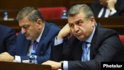 Armenia - Prime Minister Karen Karapetian attends his government's question-and-answer session in parliament in Yerevan 6Dec2017.