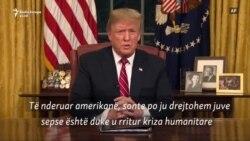 """Trump flet për """"krizë humanitare"""" në kufi me Meksikën"""