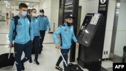 Казакстандык спортчулар Токиого келген учур, 17-июль 2021-жыл.