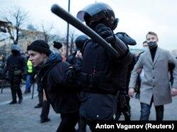 Задержания в Петербурге 21 апреля 2021 года