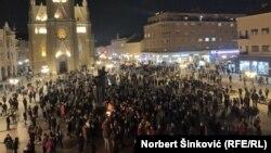 Граѓаните на Нови Сад му оддаваат почит на Балашевиќ