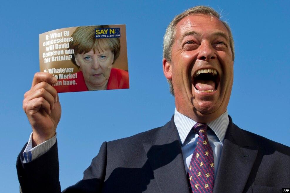 نایجل فاراژ،چهره برگزیت بریتانیا. رهبر سابق حزب استقلال بریتانیا،از مخالفان سرسخت اتحادیه اروپا و آنگلا مرکل،صدراعظم آلمان، توانست ایده برگزیت را در همه پرسی به پیروزی برساند.