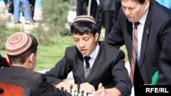 Ýaş küştçüler, Aşgabat, 8-nji aprel, 2010.