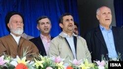 احمدینژاد: اگر هدفمندی یارانهها به طور کامل اجرا میشد، ۲۵۰ هزار تومان در ماه به مردم داده میشد.
