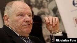 Микола Жулинський